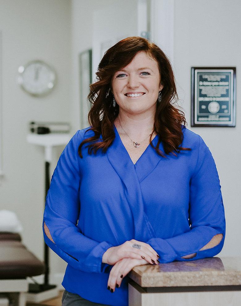Dr Kelsey Jackson Crossroads Chiropractic Natural Medicine Doctor